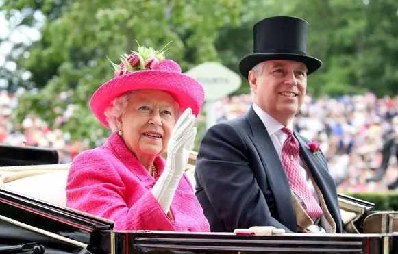 principe andrew the queen