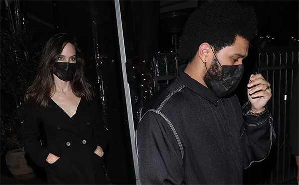 Angelina Jolie y The Weeknd cenando juntos