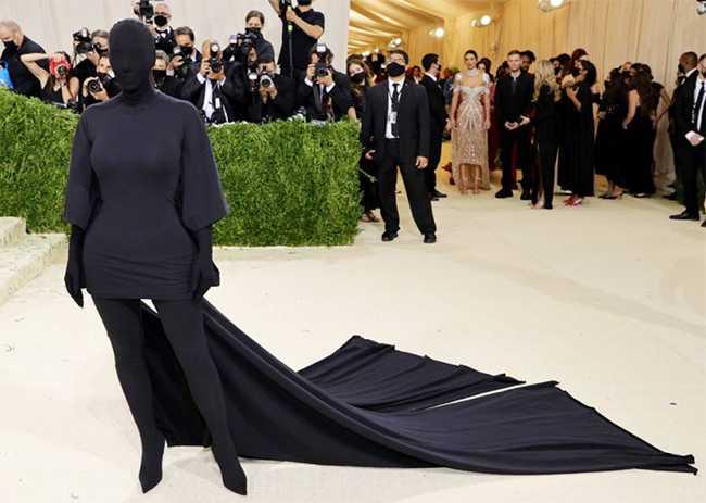 Kim Kardashian el MEME del Met Gala 2021